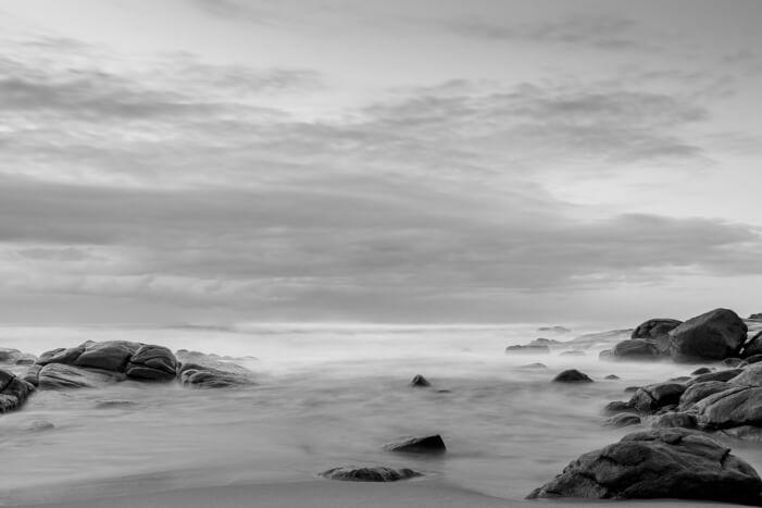 море,черно-белая,